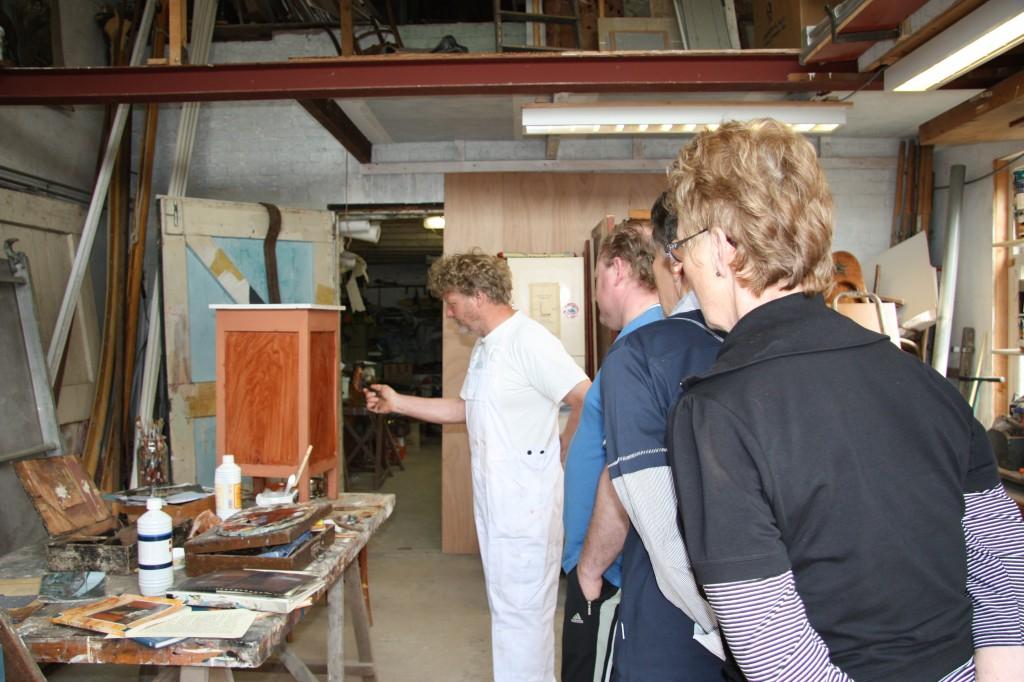 """Demonstratie """"houten"""" en decoratief schilderwerk"""